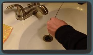 Unclog-sink-hanger