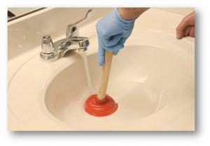 Unclog-sink-plunger